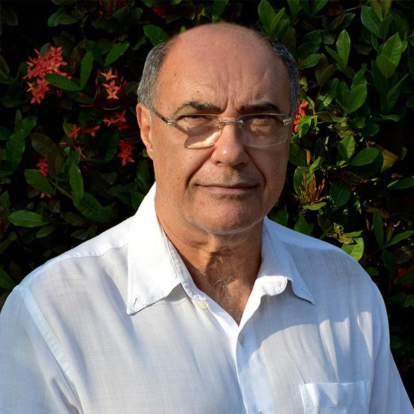 Dr. Paulo C Fructuoso