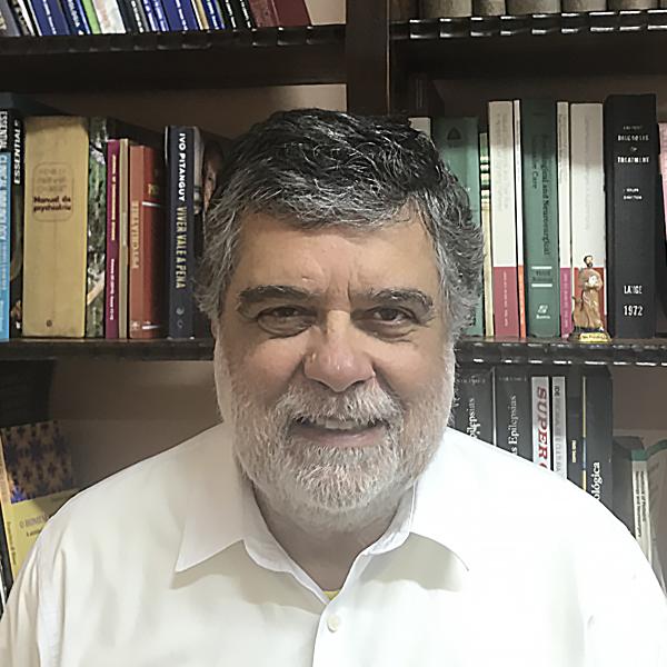 Dr. Francisco Di Biase