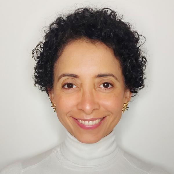 Dra. Fernanda Macêdo